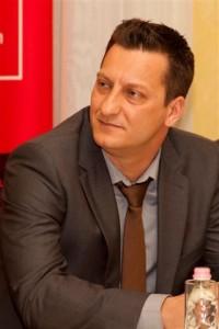 Pécskövi Tibor